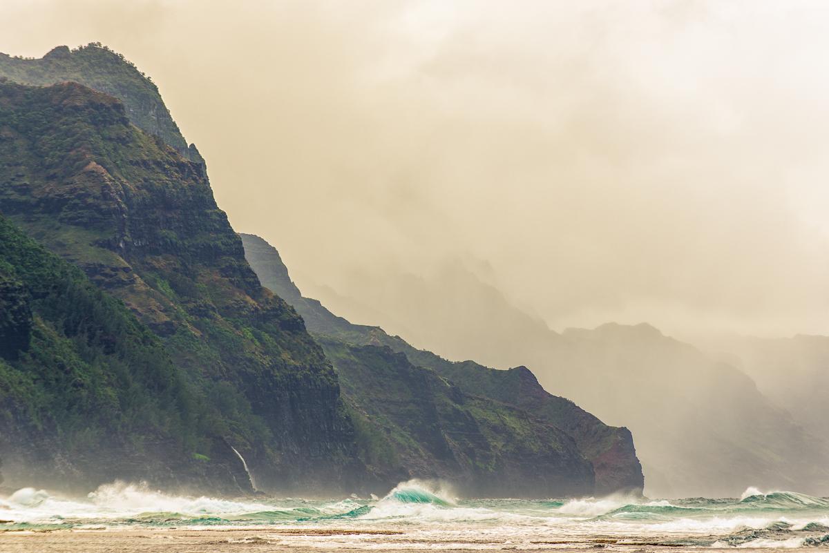 Rough Sea at Ke'e Beach
